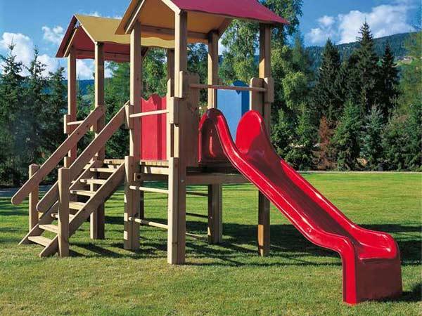 Giochi da giardino milano bollate altalena scivolo - Giochi da esterno per bambini ...