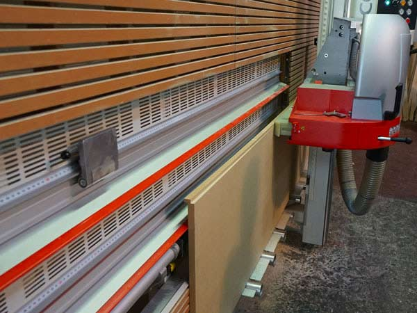 Taglio legno su misura milano arese pannelli cornici for Obi taglio legno